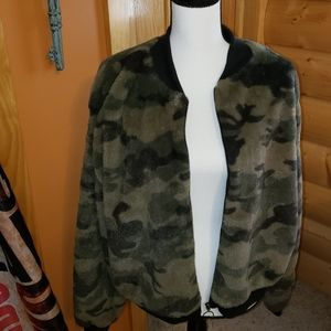 Soft camouflage army green jacket
